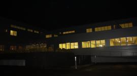 escuela iluminada